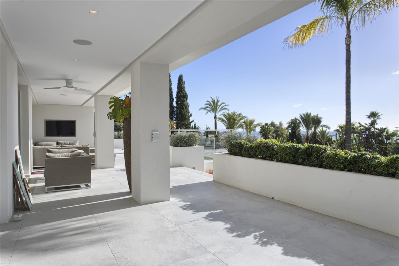 Contemporary Villa for Sale East Marbella Spain (31) (Large)