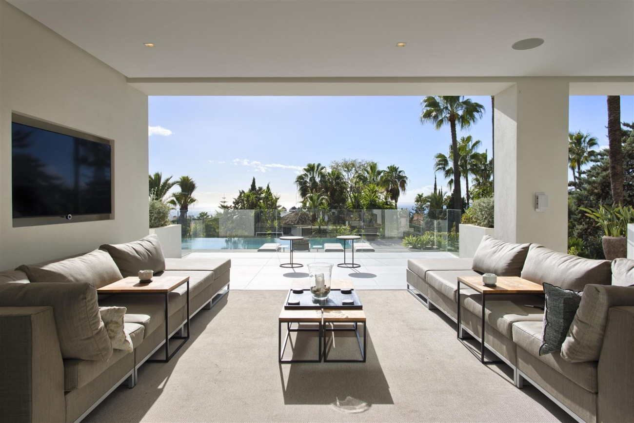 Contemporary Villa for Sale East Marbella Spain (32) (Large)