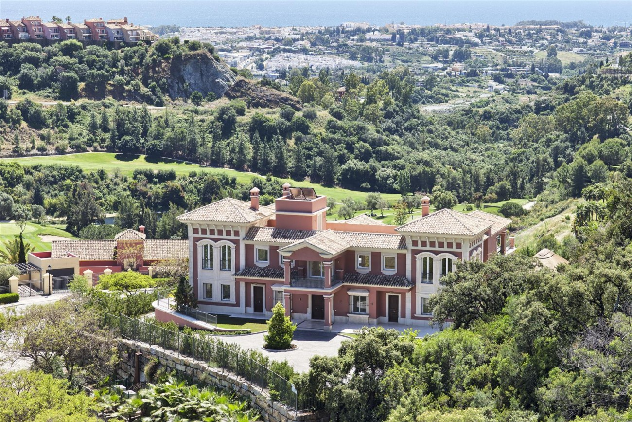 Luxury Mansion for sale in Benahavis Spain (6) (Large)