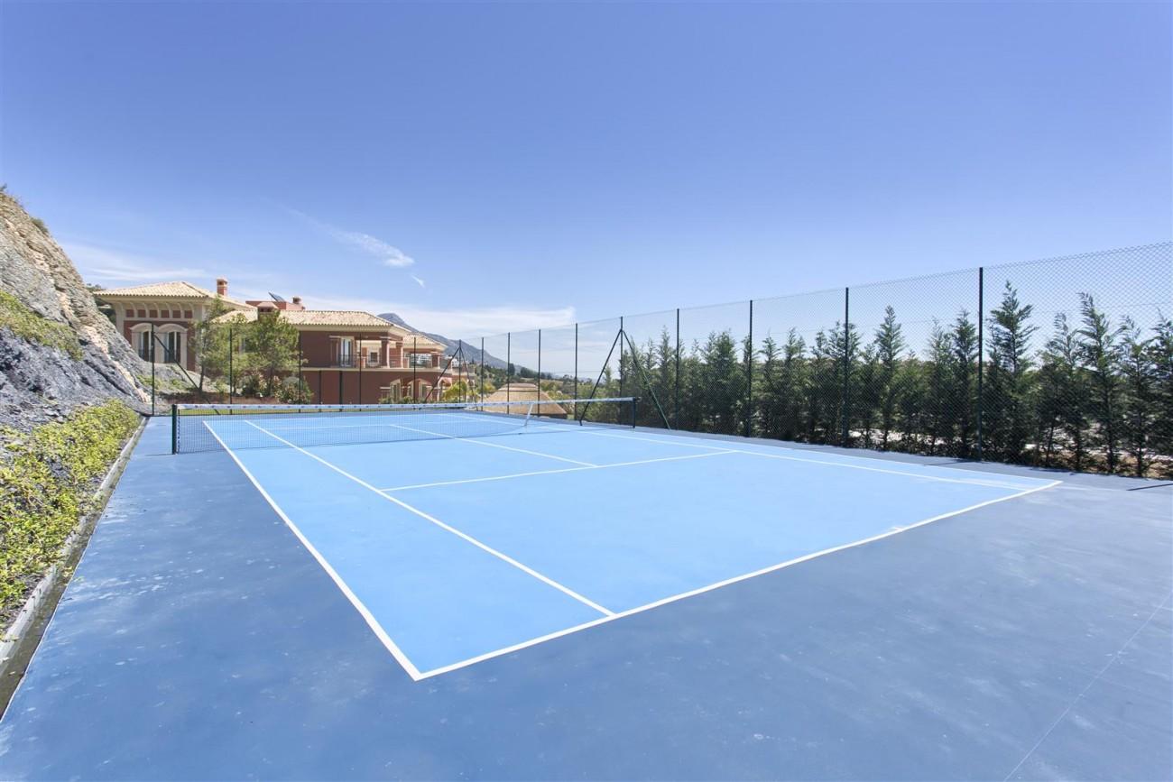Luxury Mansion for sale in Benahavis Spain (9) (Large)