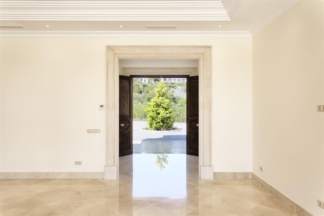 Luxury Mansion for sale in Benahavis Spain (12) (Large)
