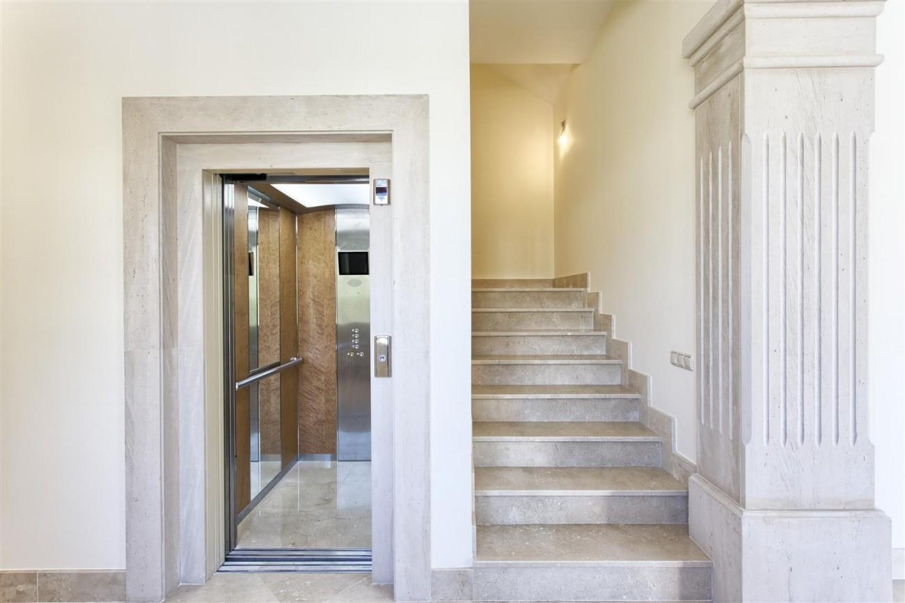 Luxury Mansion for sale in Benahavis Spain (15) (Large)