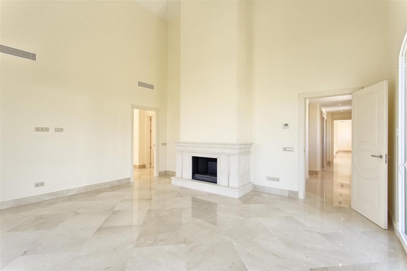 Luxury Mansion for sale in Benahavis Spain (19) (Large)