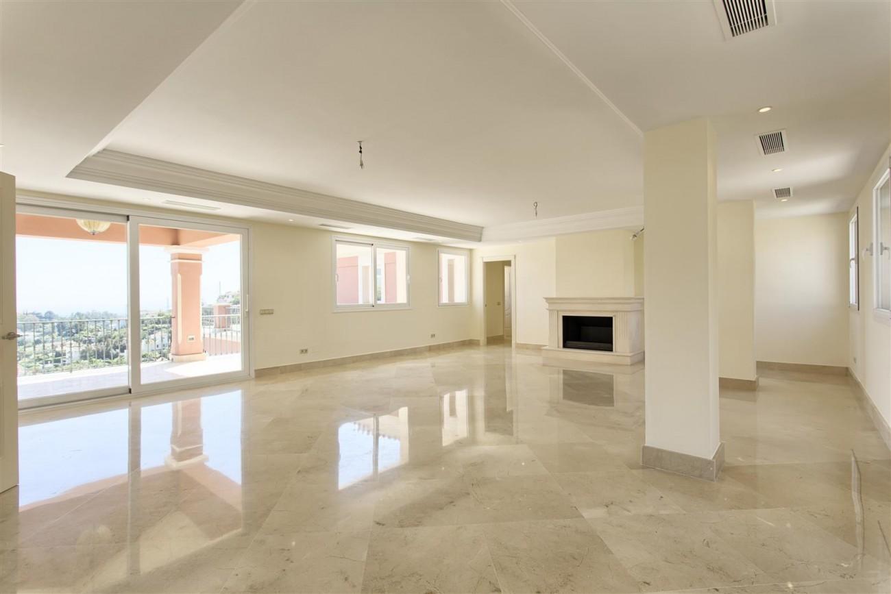 Luxury Mansion for sale in Benahavis Spain (22) (Large)