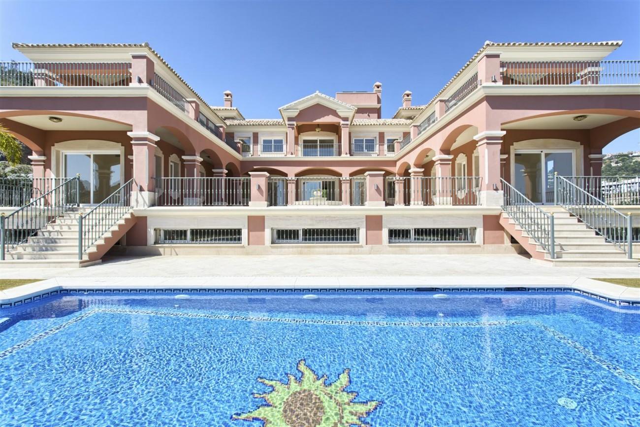 Luxury Mansion for sale in Benahavis Spain (37) (Large)