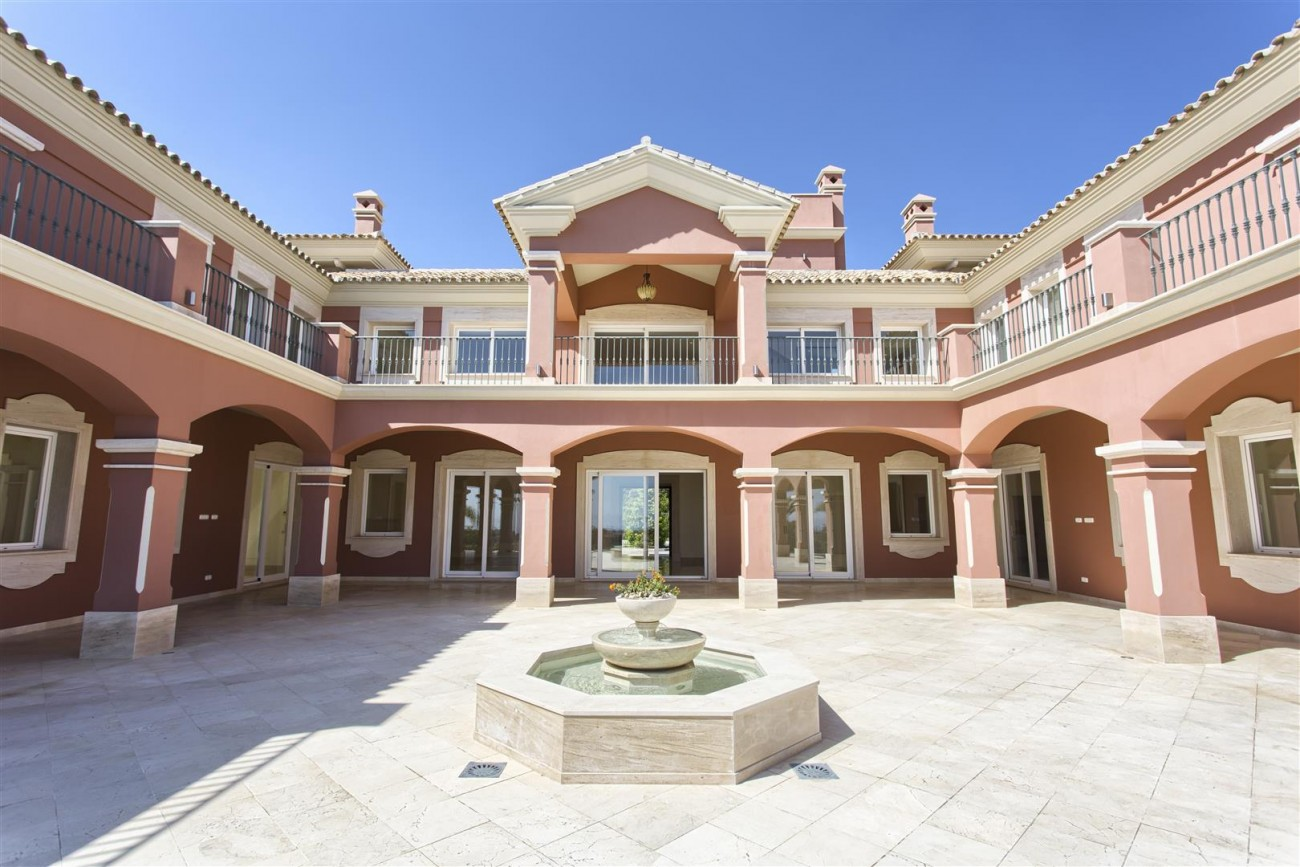 Luxury Mansion for sale in Benahavis Spain (38) (Large)