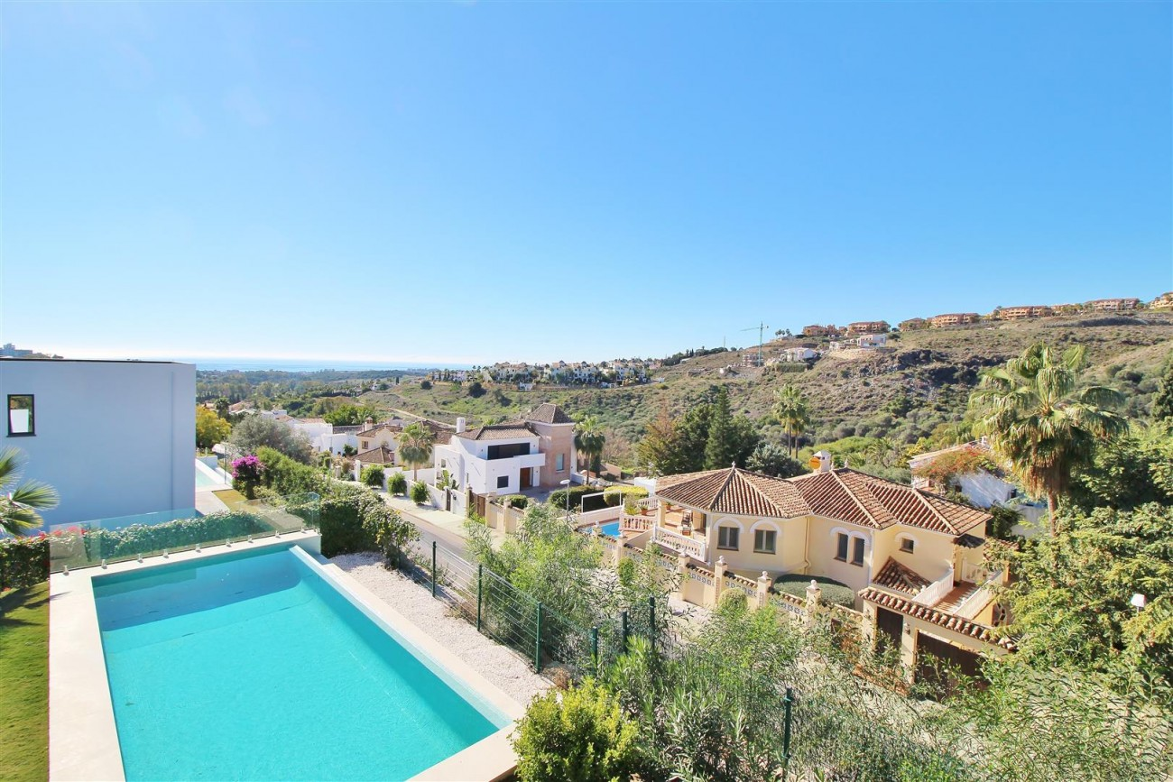 Luxury Contemporary for sale Benahavis Spain (9) (Large)