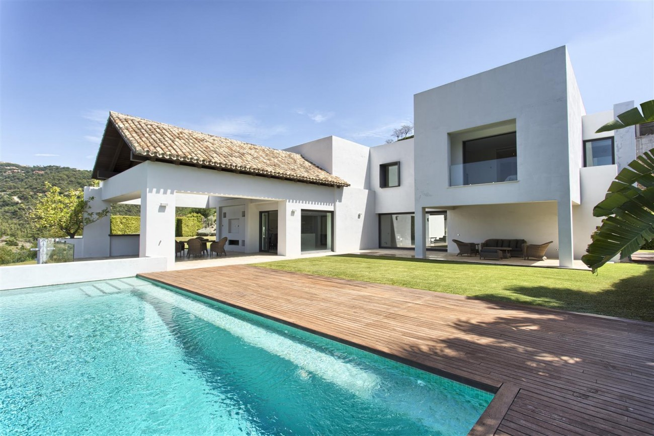 Contemporary Style Villa for sale Benahavis Spain (1) (Large)