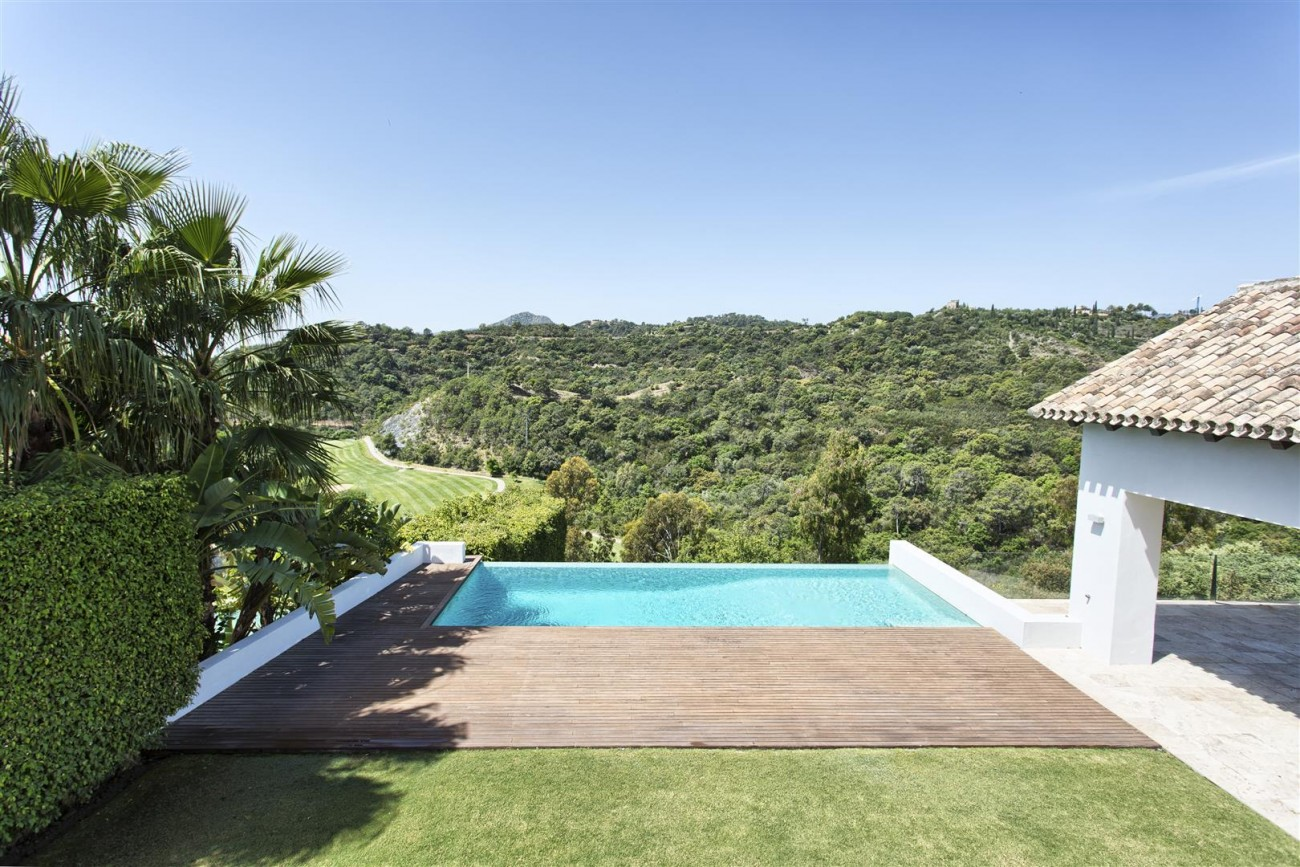 Contemporary Style Villa for sale Benahavis Spain (6) (Large)
