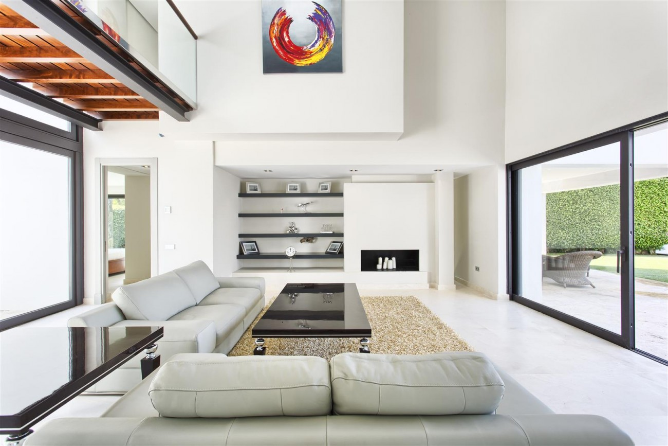 Contemporary Style Villa for sale Benahavis Spain (8) (Large)