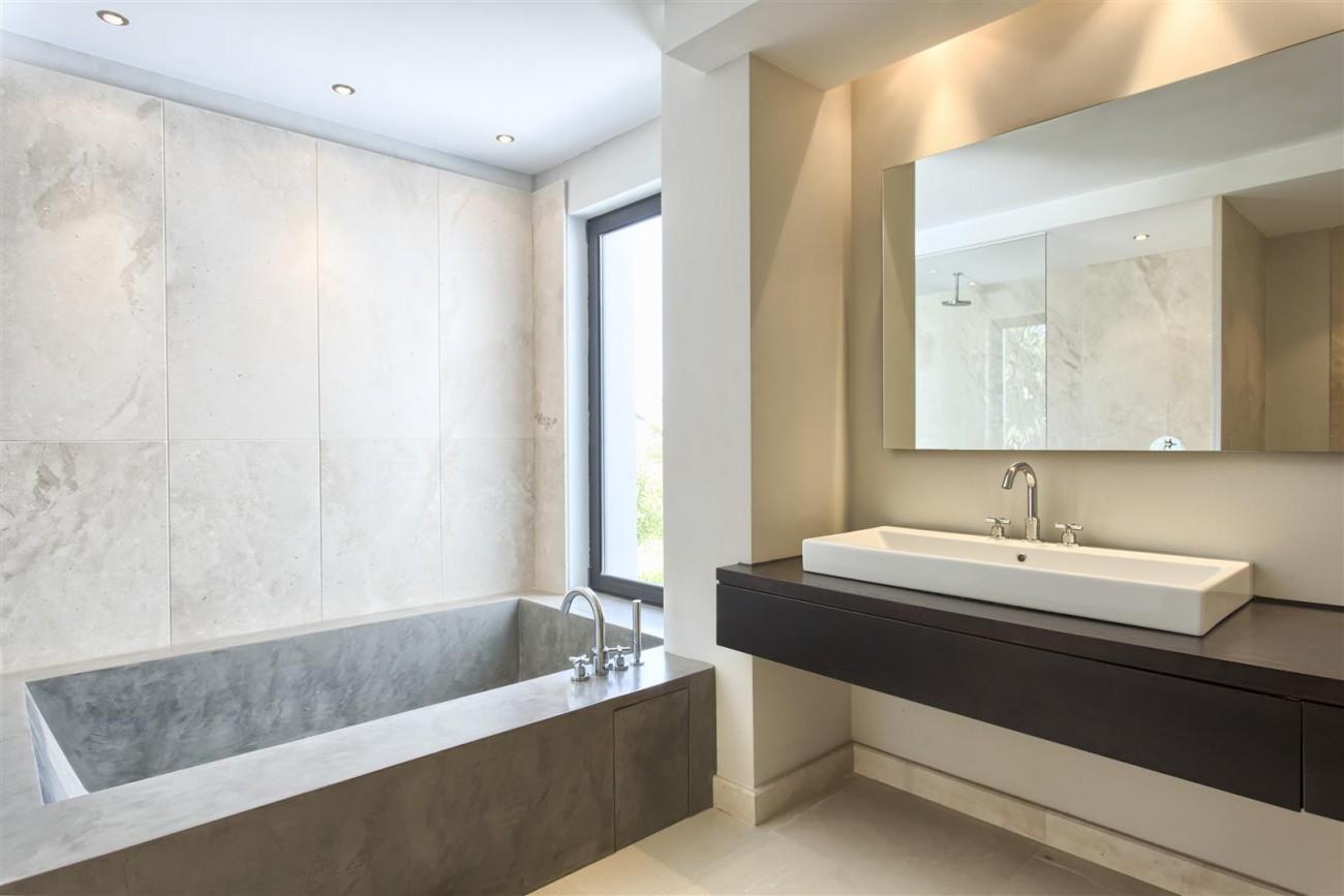 Contemporary Style Villa for sale Benahavis Spain (21) (Large)