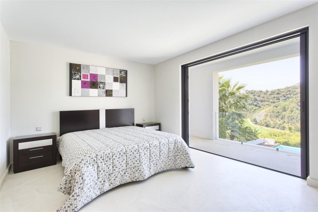 Contemporary Style Villa for sale Benahavis Spain (22) (Large)
