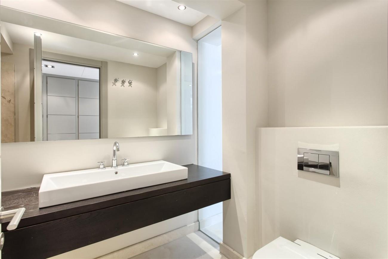 Contemporary Style Villa for sale Benahavis Spain (27) (Large)