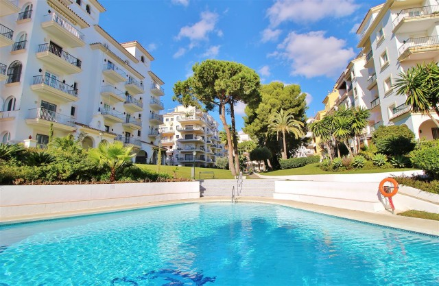 Apartment for Sale - 315.000€ - Puerto Banús, Costa del Sol - Ref: 5839