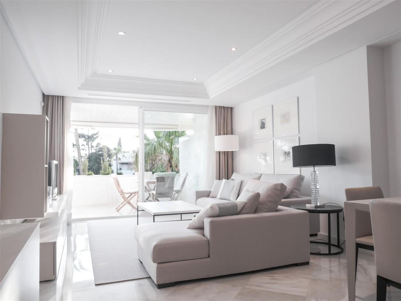 Beachfront Apartment Marbella Golden Mile (6) (Large)