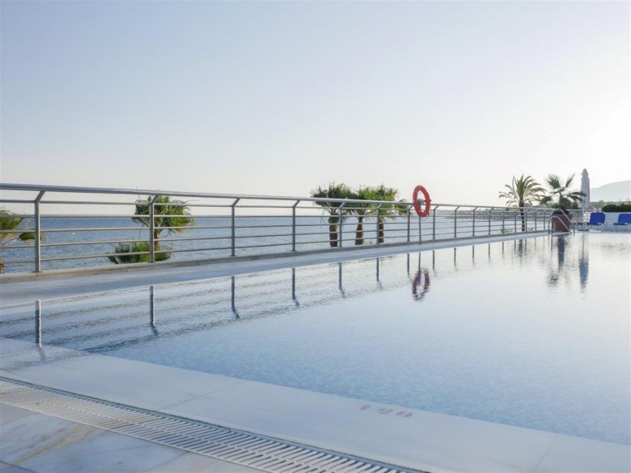A5579 Frontline beach duplex penthouse Marbella 3 (Large)