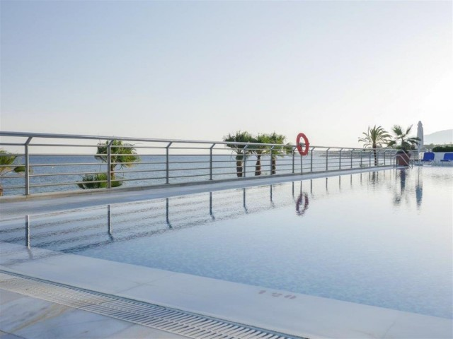 Apartment for Sale - 1.100.000€ - Golden Mile, Costa del Sol - Ref: 5842