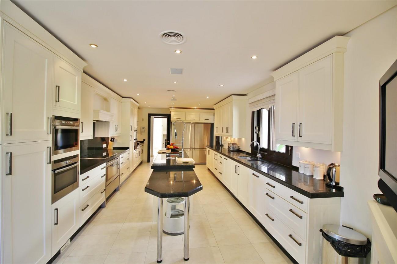 Luxury Villa For Sale Benahavis Spain (3) (Large)