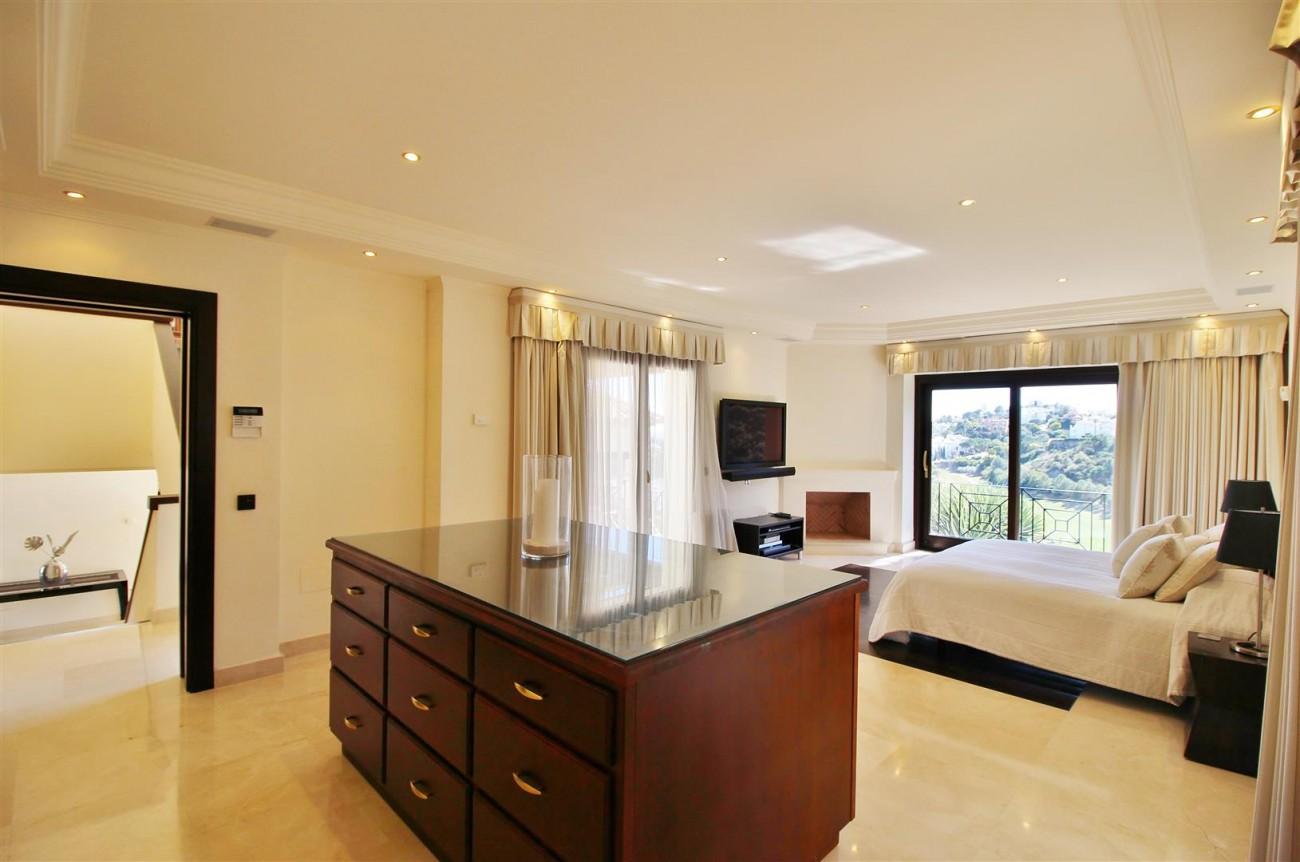 Luxury Villa For Sale Benahavis Spain (25) (Large)