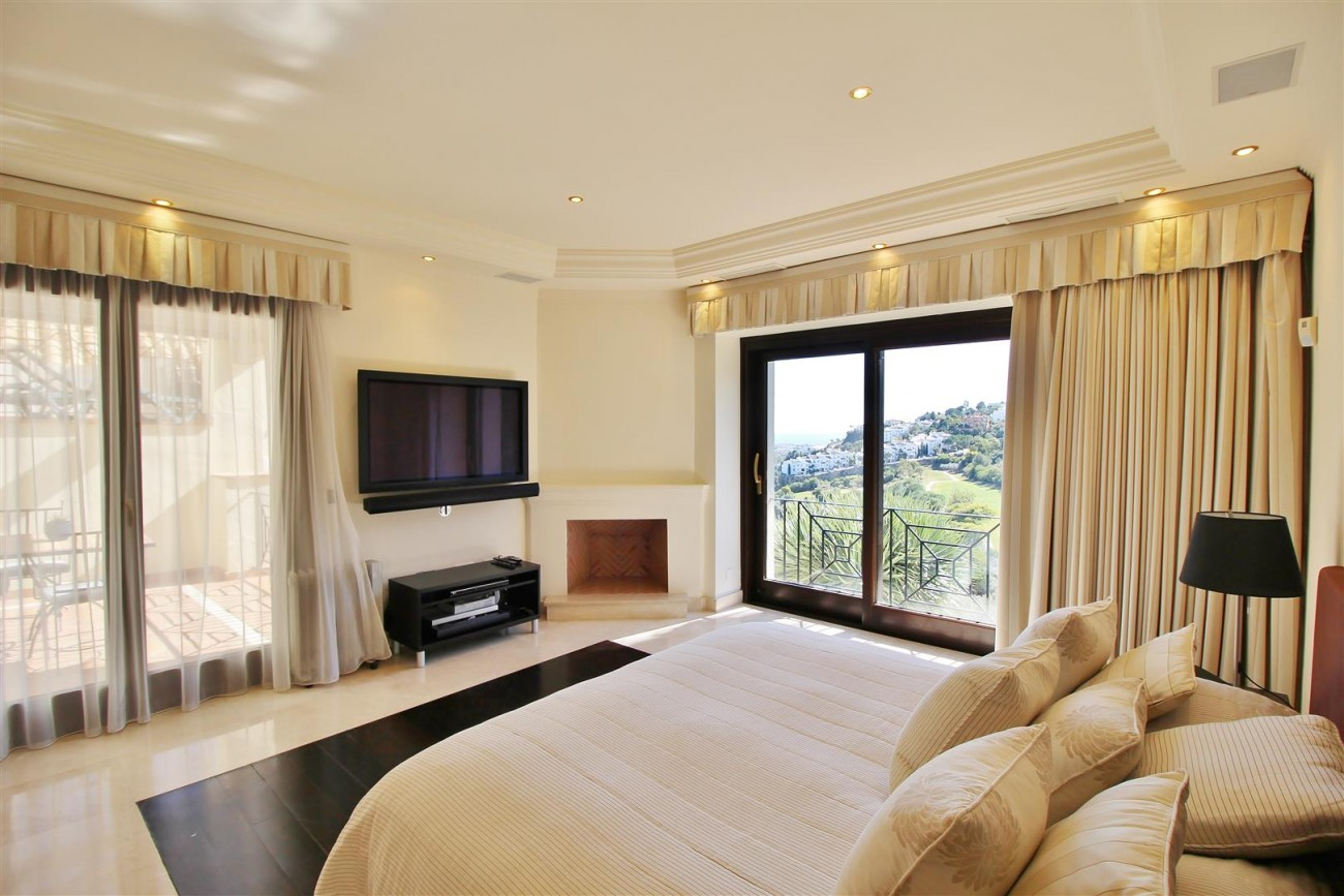 Luxury Villa For Sale Benahavis Spain (27) (Large)