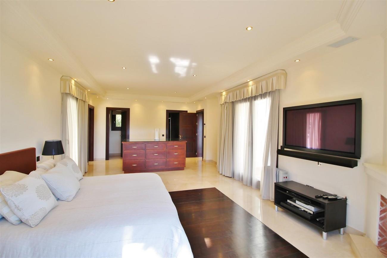 Luxury Villa For Sale Benahavis Spain (28) (Large)