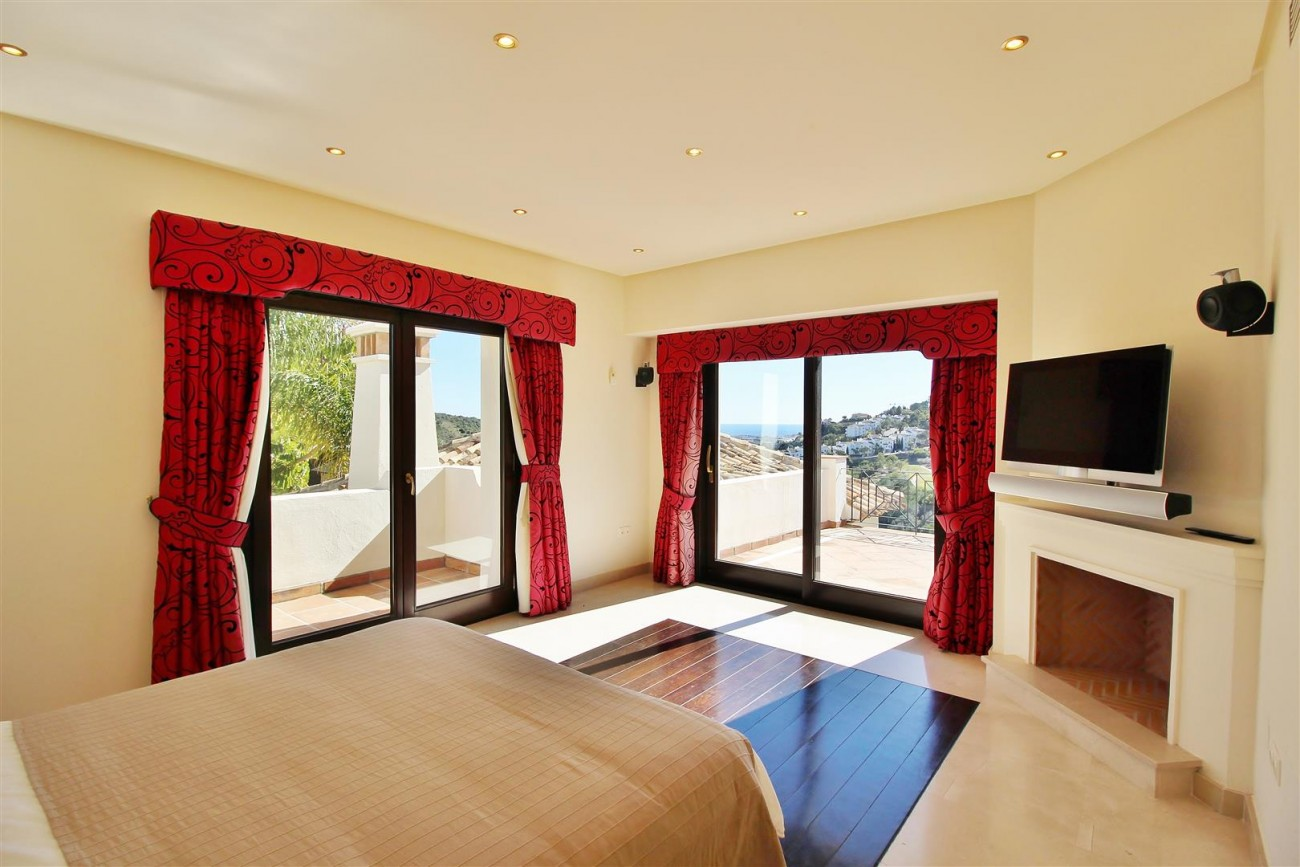 Luxury Villa For Sale Benahavis Spain (30) (Large)