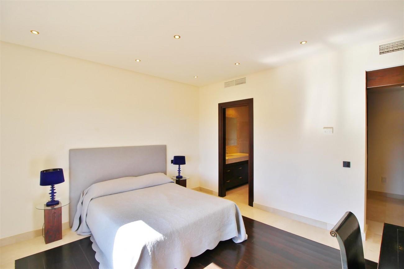 Luxury Villa For Sale Benahavis Spain (34) (Large)