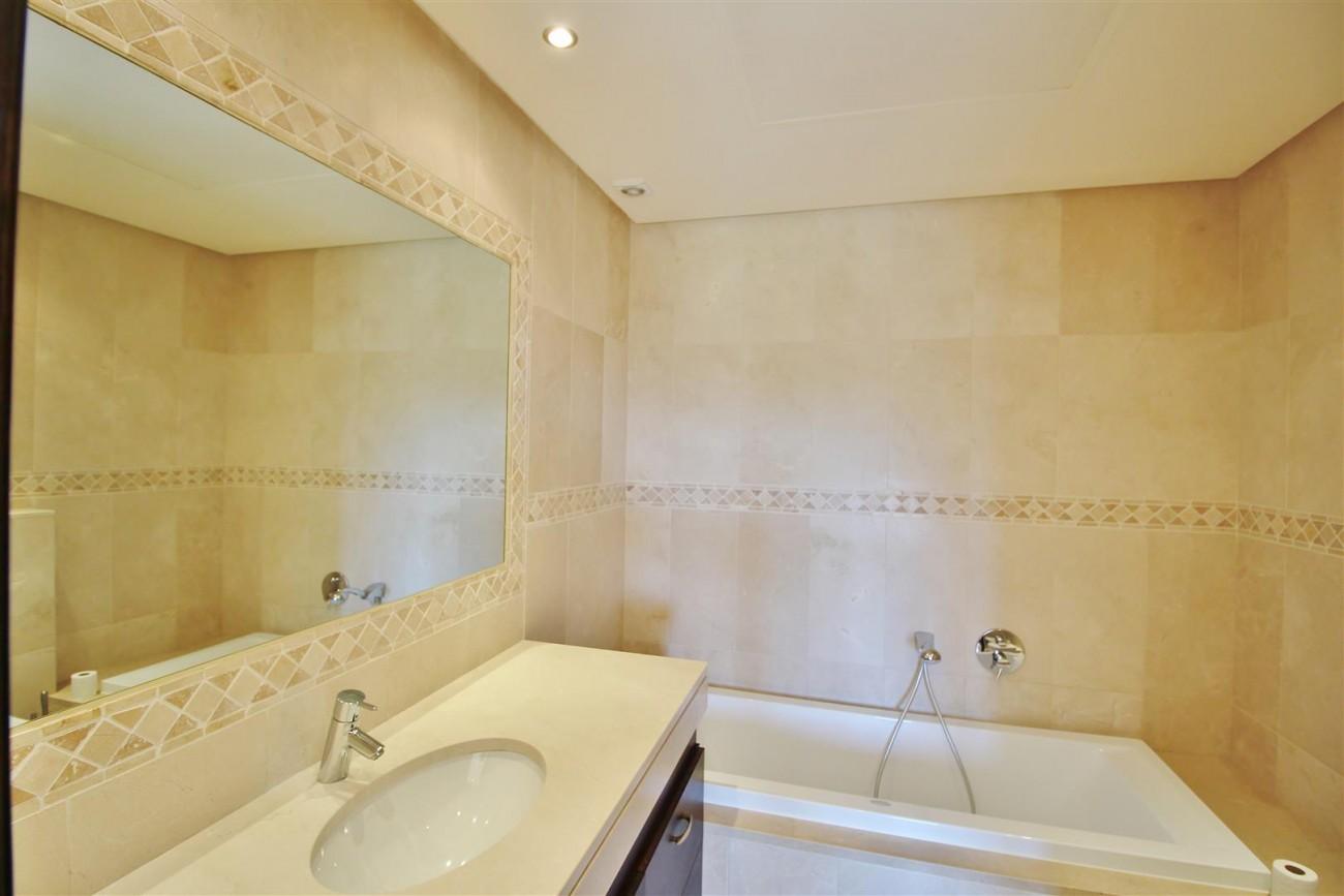 Luxury Villa For Sale Benahavis Spain (35) (Large)