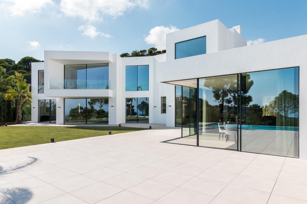 Exclusive Contemporary Villa for sale Benahavis Spain (11) (Large)