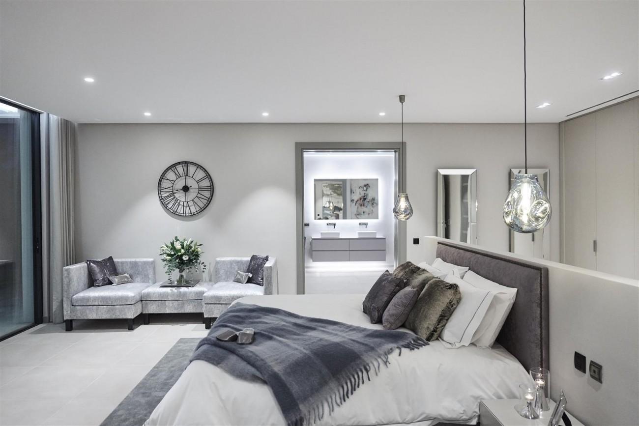 Exclusive Contemporary Villa for sale Benahavis Spain (16) (Large)