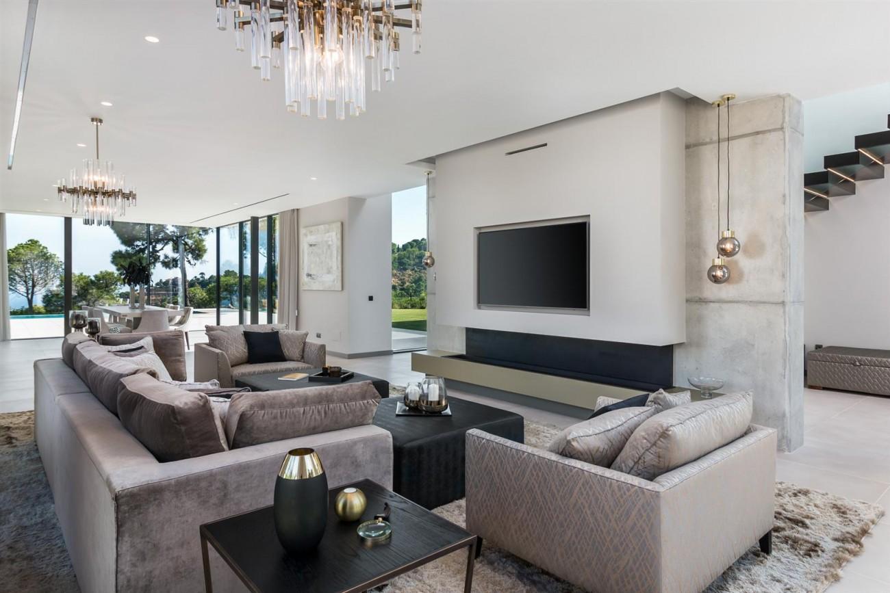 Exclusive Contemporary Villa for sale Benahavis Spain (22) (Large)