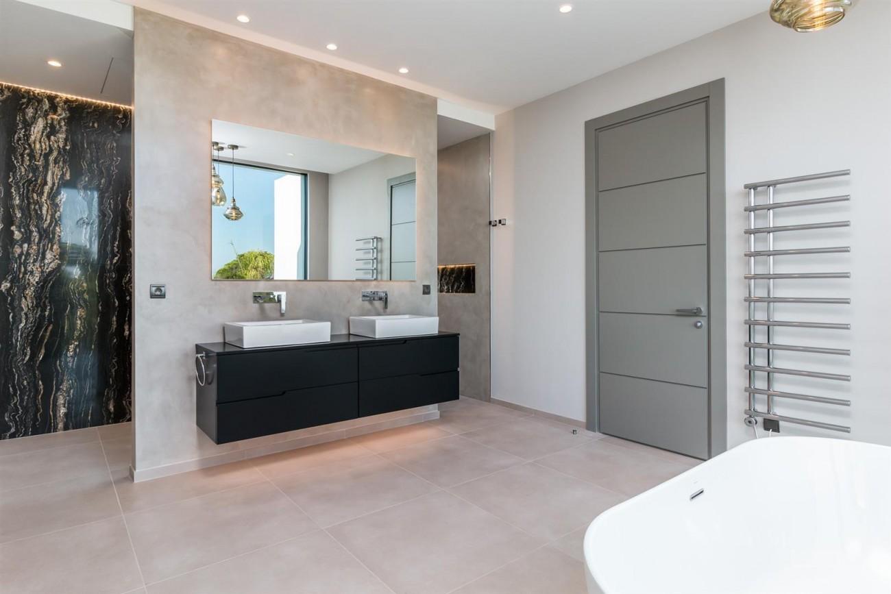 Exclusive Contemporary Villa for sale Benahavis Spain (24) (Large)