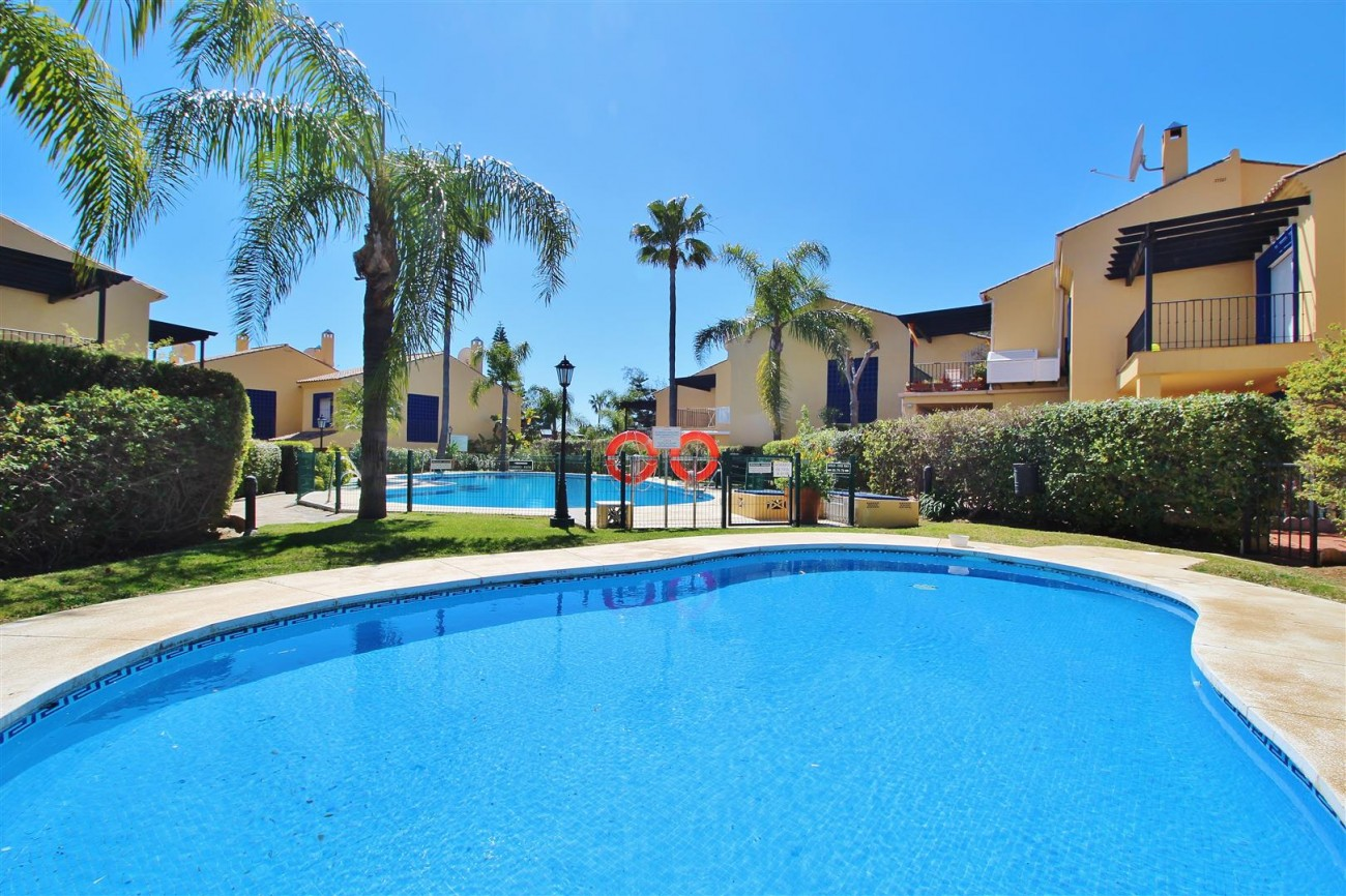 Townhouse for sale Puerto Banus marbella Spain (7) (Large)