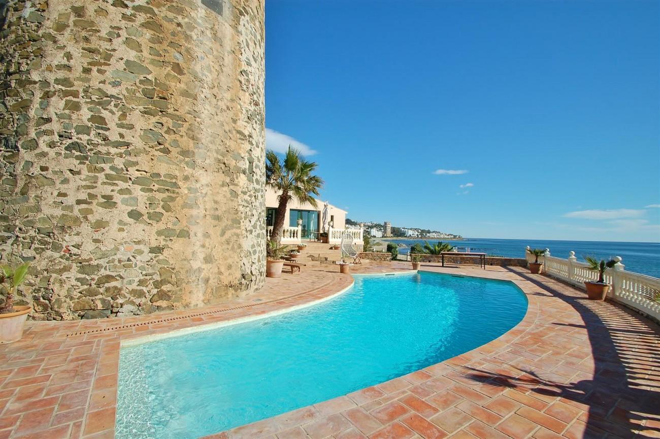 Beachfront villa for sale Mijas Costa Spain (9) (Large)