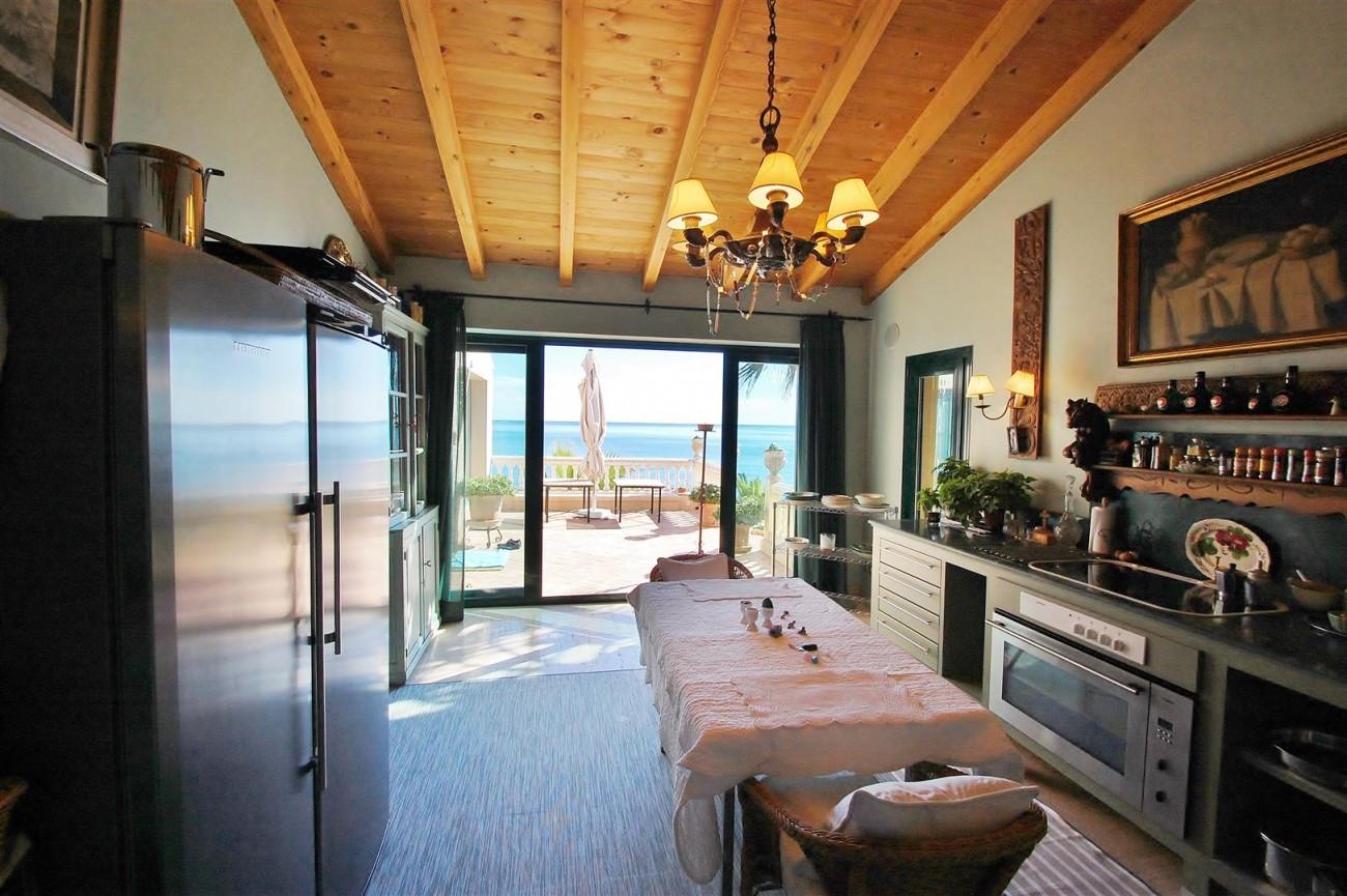 Beachfront villa for sale Mijas Costa Spain (14) (Large)