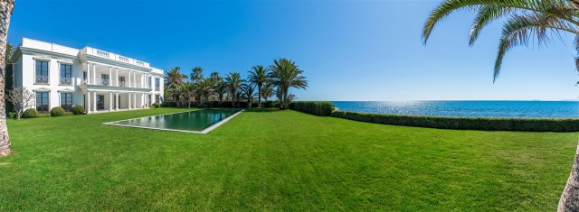 Modern Beachfront Palace for Sale close to Puerto Banus Spain (10)