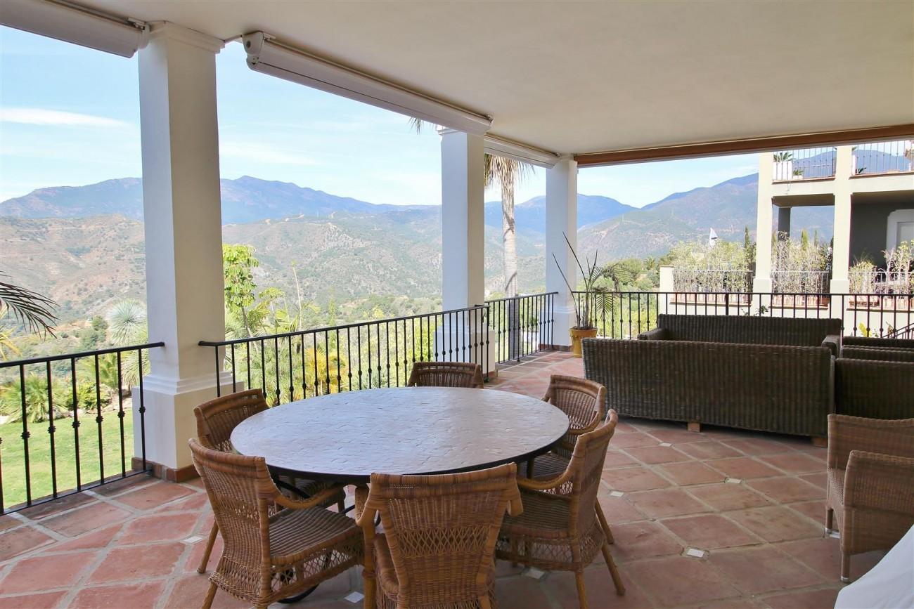 Luxury villa for sale close to Puerto Banus Spain (12) (Large)