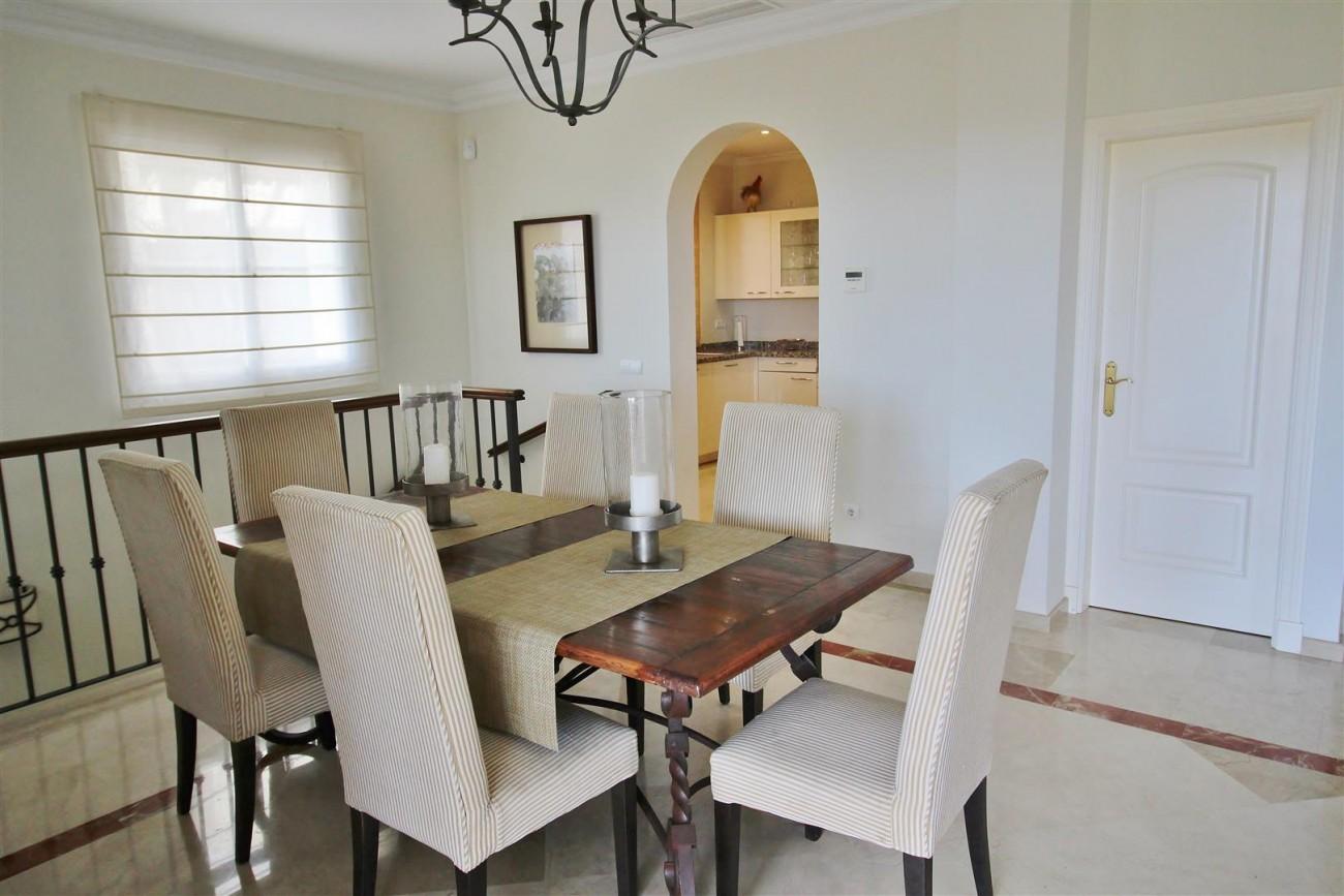 Luxury villa for sale close to Puerto Banus Spain (16) (Large)