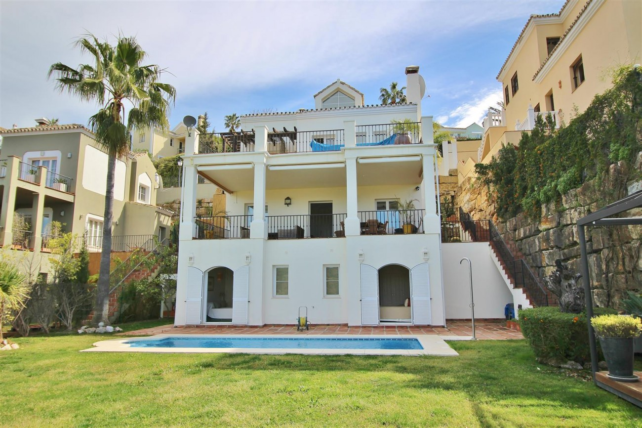 Luxury villa for sale close to Puerto Banus Spain (20) (Large)