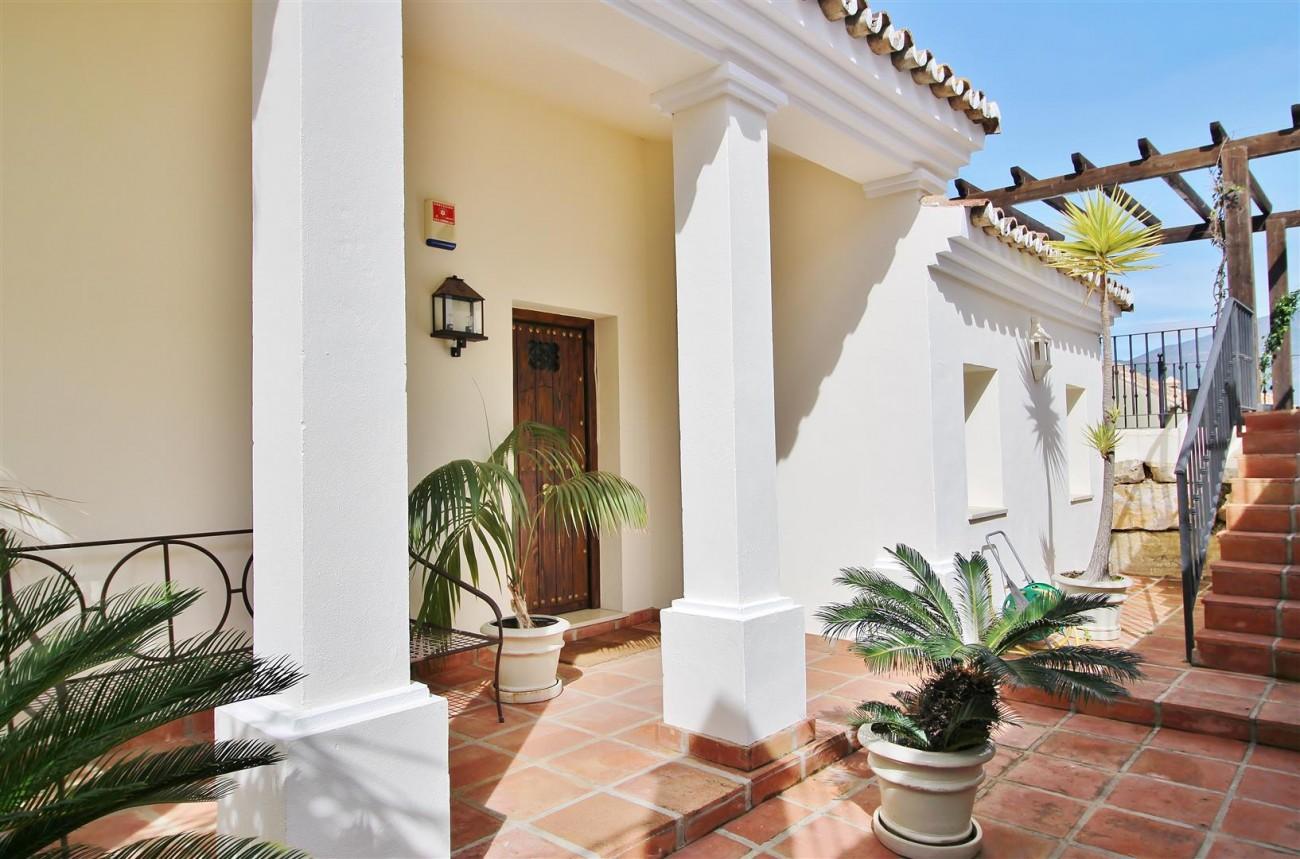 Luxury villa for sale close to Puerto Banus Spain (22) (Large)