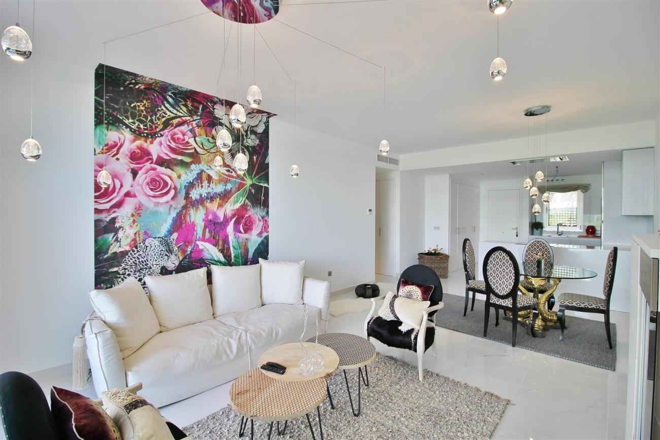 Contemporary 4 beds Apartment for sale Estepona Spain (3) (Large)
