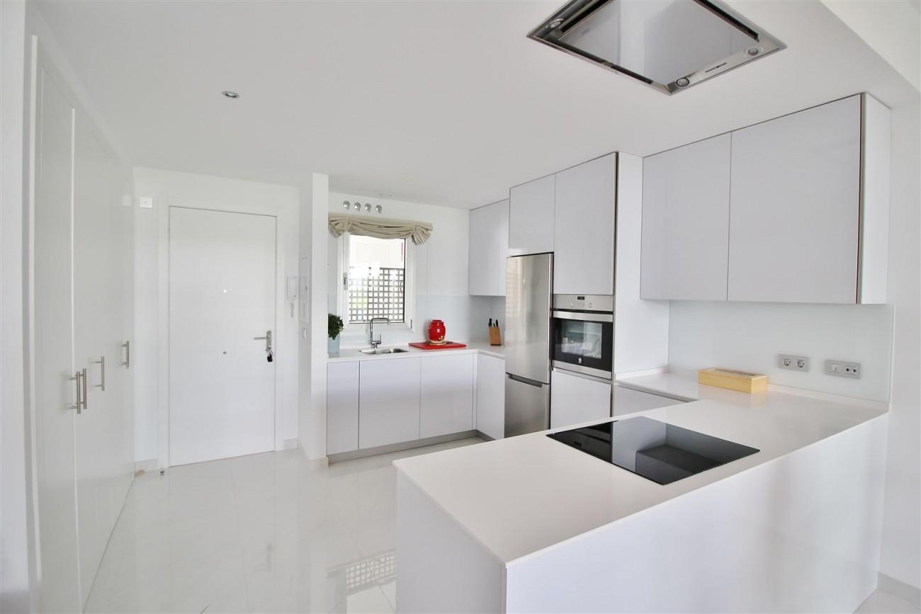 Contemporary 4 beds Apartment for sale Estepona Spain (4) (Large)