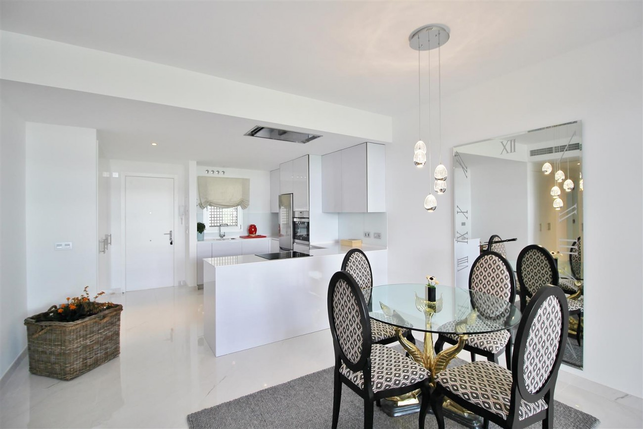 Contemporary 4 beds Apartment for sale Estepona Spain (5) (Large)