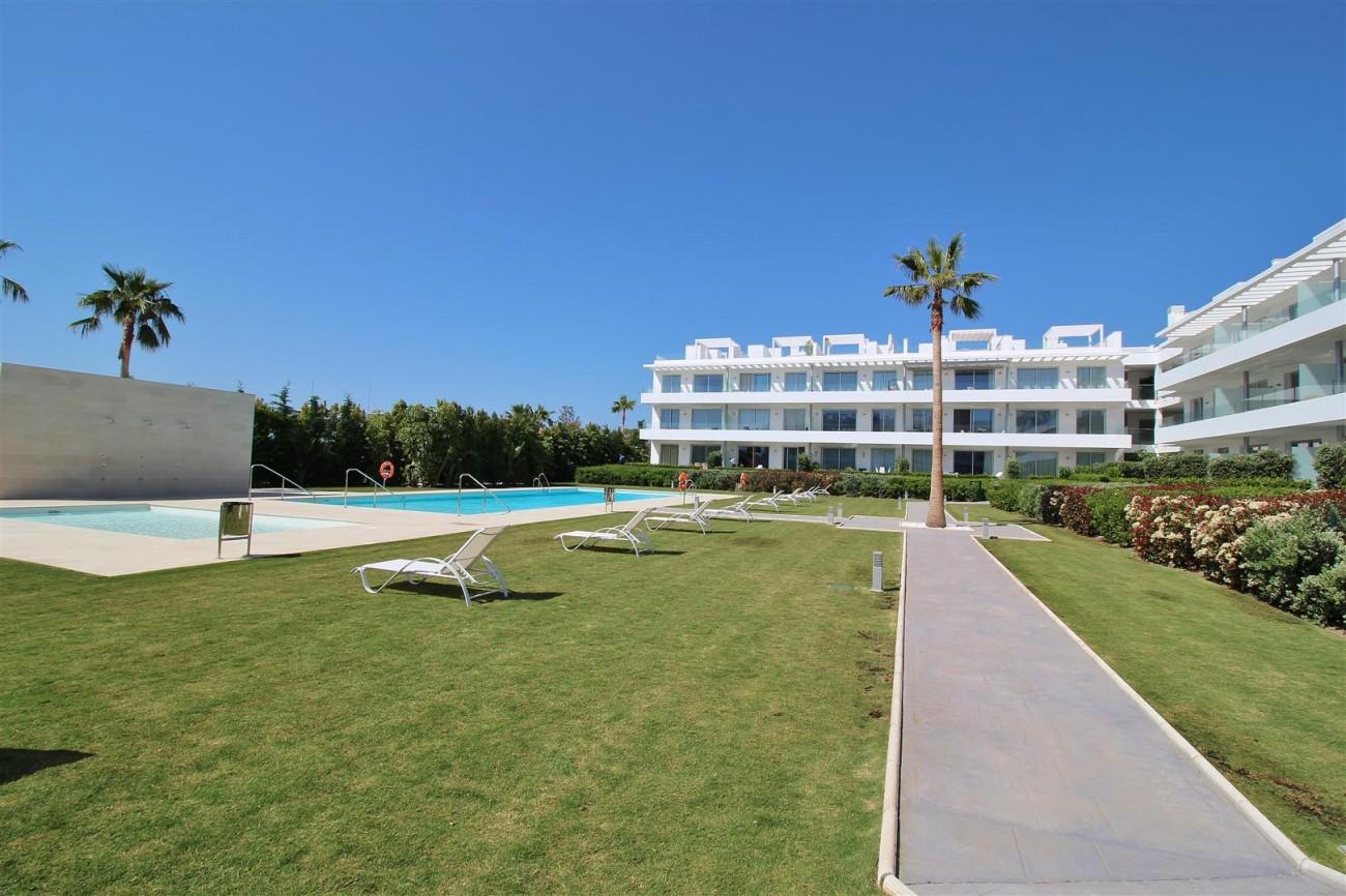 Contemporary 4 beds Apartment for sale Estepona Spain (11) (Large)