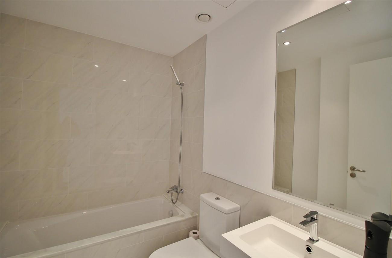 Contemporary 4 beds Apartment for sale Estepona Spain (19) (Large)