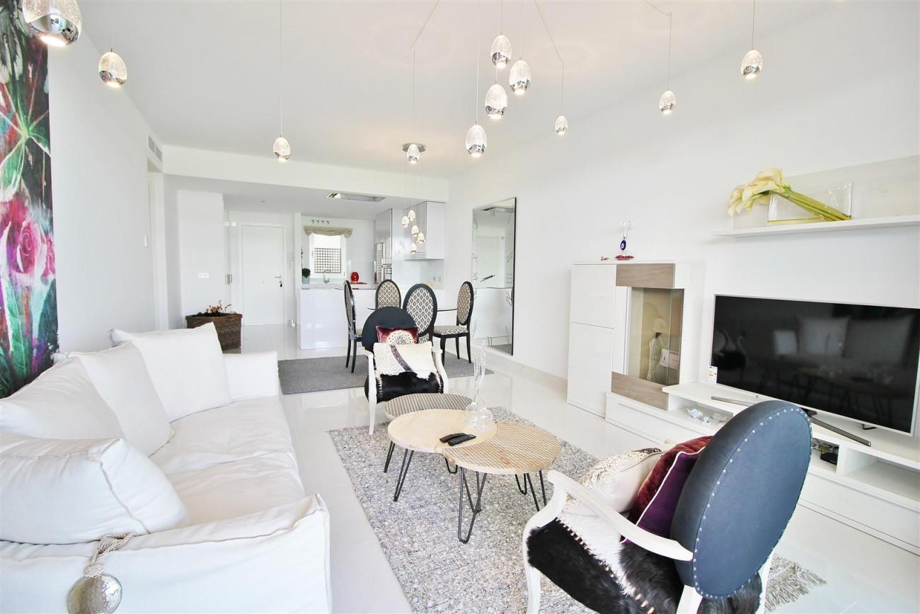 Contemporary 4 beds Apartment for sale Estepona Spain (Large)