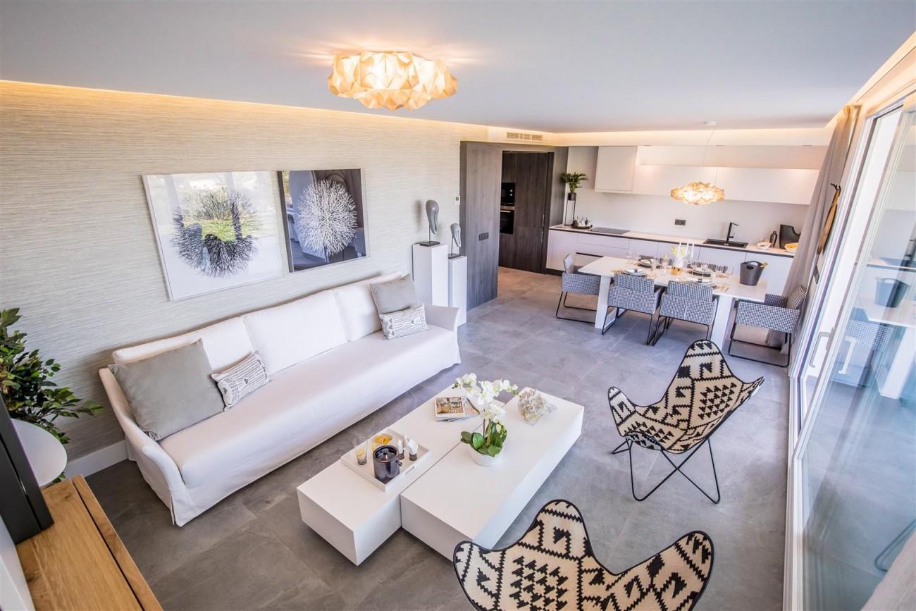New Contemporary Apartments for sale Benahavis Spain (14) (Large)