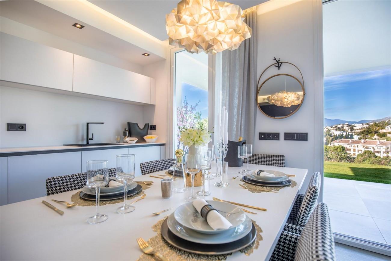 New Contemporary Apartments for sale Benahavis Spain (17) (Large)
