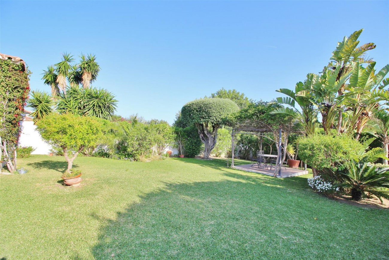 Villa for sale Marbella Spain (42) (Large)