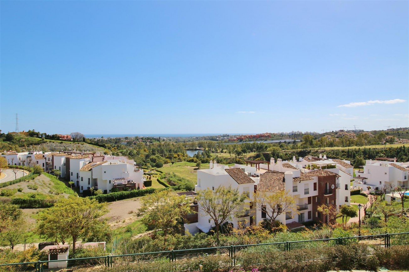Luxury Apartment for sale Benahavis Spain (5) (Large)